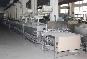 Steamed cake equipment